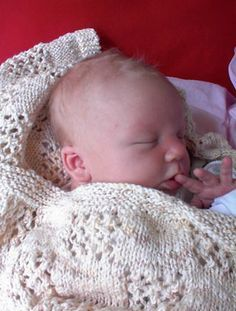 Knitted baby blanket, free pattern More
