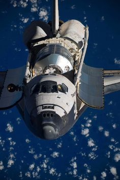 The space shuttle Discovery                                                                                                                                                     Mais
