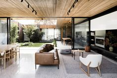 Gallery of Courtyard House / FIGR Architecture & Design - 1