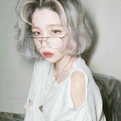 Ulzzang Korean Girl, Cute Korean Girl, Asian Girl, Aesthetic People, Aesthetic Girl, Pretty People, Beautiful People, Poses, Uzzlang Girl