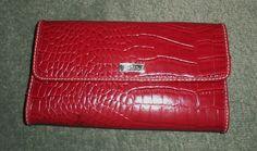 Women's Red LIZ & CO. Reptile Texture Envelope Trifold Snap Close Wallet, GUC! #LIZCO #TrifoldEnvelopeStyleFashionWallet