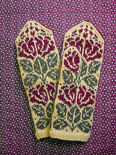 bluebell mittens // free
