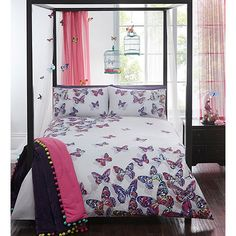 A lovely addition to your bedroom, this designer bedding set from Butterfly by Matthew Williamson comes in white with a colourful butterfly print.