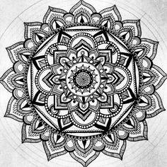 #mandala #mandalaart #mandalas #art #artsy #artoftheday #artist #zentangle #zentangles #zentangleart #doodle #doodling #focus #details #flow #therapy #blackandwhite #inprogress #pigmamicron #drawing #painting #instaart