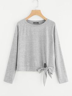 SheIn offers Knot Front Raglan Sleeve Tee & more to fit your fashionable needs. Style Ulzzang, Ulzzang Fashion, Hijab Fashion, Korean Fashion, Fashion Outfits, Outfits For Teens, Girl Outfits, Casual Outfits, Cute Outfits