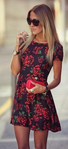 #street #style #casual #outfits #spring #outfit #ideas |Printed dress, ombré and tiny red purse