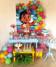 festa da moana simples e barata Moana Birthday Party Theme, Moana Themed Party, 2nd Birthday Parties, Moana Party Decorations, Birthday Party Decorations, Festa Moana Baby, Baby Moana, First Birthdays, Babyshower