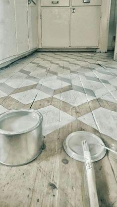 Best Classic Painted Floor Tiles to Look Amazing Best Classic Painted Floor Tiles to Look Amazing – REPAR Painted Wood Floors, Painted Rug, Concrete Floors, Painted Floor Tiles, Paint Tiles, Best Flooring, Kitchen Flooring, Floor Design, Tile Design