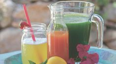 Clean and green! 5 healthy juice recipes you can make in a blender! For those who don't have a juicer. #cleanse #juicerecipes #juice