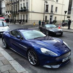 Aston Martin Vanquish ❥Pinterest: yarenak67 #astonmartinclassiccars