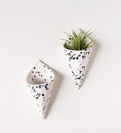 Why settle for drab planters, when you can easily personalize them