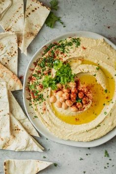 This is the best hummus recipe based on the authentic Lebanese methods. Hummus is a healthy snack that's made with a few ingredients and perfect for parties Authentic Hummus Recipe, Best Hummus Recipe, Turkish Hummus Recipe, Healthy Afternoon Snacks, Healthy Snacks, Healthy Eating, Healthy Recipes, Vegetarian Recipes, Best Appetizers