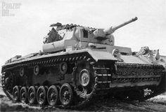 Panzerkampfwagen III (5 cm Kw.K. 38 L/42) mit Kalkanstrich (Sd.Kfz. 141) Ausf. J (Nr. ?33) | by Panzer DB