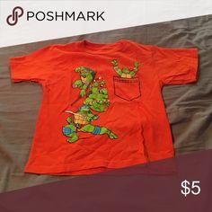 T shirt TMNT, runs small Shirts & Tops Tees - Short Sleeve