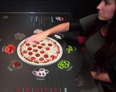 Pizza Hut imagine une table tactile pour créer sa Pizza