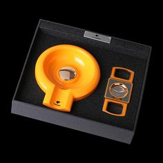 COHIBA Yellow Cigar Ashtray W/Cutter Gift Set - CedarHumidor