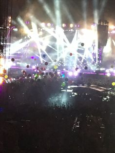 it was so damn amazing 😍💜💙 Coldplay, Vienna, Concert, Amazing, Photography, Photograph, Fotografie, Concerts, Photoshoot