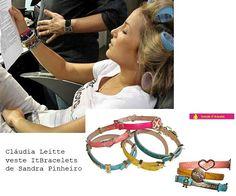 Para as meninas que querem saber de onde são as multipulseiras de Cláudia Leitte (minhas leitorinhas tem olhos de águia), Lalá responde! Elas são da linha It Bracelet da designer Sandra Pinheiro. E…