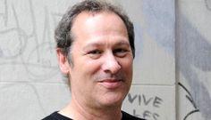 The accompanist: Cliff Martinez on scoring for Soderbergh, Winding Refn et ...  http://www.bfi.org.uk/news-opinion/sight-sound-magazine/interviews/accompanist-cliff-martinez-scoring-soderbergh-winding