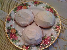 Sweet Tea and Cornbread: Southern Tea Cakes!