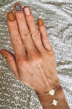 38 stunning neutral nail art dеѕіgnѕ 2019 page- 3 Minimalist Nails, Trendy Nails, Cute Nails, Neutral Nail Art, Nagellack Trends, Cool Nail Art, Short Nails, Nails Inspiration, Beauty Nails