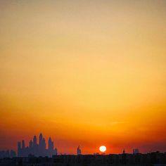 #wild #dreams #positivevibes #motivation #inspire #happy #love #life #beautiful #world #success #streetphotography #photography #randomclicks #uae #mydubai #ilovedubai #igworld #vsco #iphone #instadaily #sun #goes #down #sunset #skyporn #fire http://tipsrazzi.com/ipost/1512480181750583782/?code=BT9aLY7D9Hm