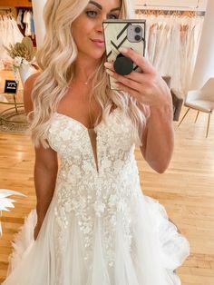 Lace Wedding, Wedding Dresses, Gowns, Ideas, Fashion, Bride Dresses, Vestidos, Moda, Bridal Gowns