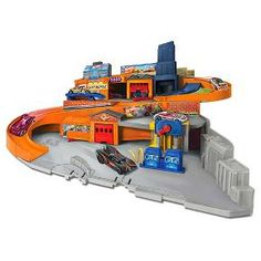 Hot Wheels Sto and Go Playset : Target