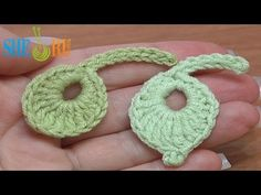 Crochet Little Round Leaf How To Tutorial 8 These are well done video's (not in English) that shows very well step by step visually.