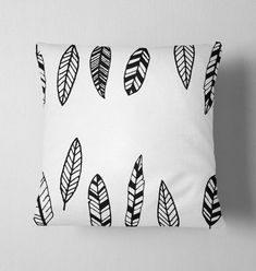 Fodera cuscino per divano Fodera per cuscini Fodera Red Cushions, Designer Throw Pillows, Pillow Design, Bed Pillows, Pillow Cases, Painting, Vintage, Etsy, Red Pillows