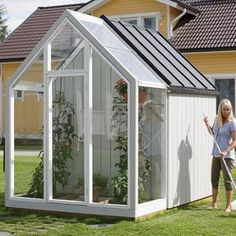 great idea for a garden shed with a small greenhouse attached