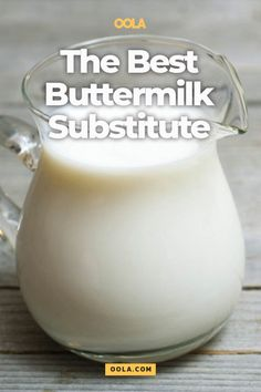 Buttermilk substitutes have a lot to live up to since buttermilk is such a key part of so many delicious recipes. Acidified buttermilk is the best bet, and here's how to make it. Buttermilk Substitute, How To Make Buttermilk, Buttermilk Recipes, Homemade Buttermilk, Homemade Breads, Cultured Buttermilk, Baking Tips, Recipes, Sauces