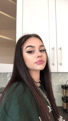 Uploaded by kara. Find images and videos about maggie lindemann, girl and gorgeous on We Heart It - the app to get lost in what you love. Informationen zu Uploaded by kara. Find images and videos abou Maggie Lindemann, Beauty Makeup, Hair Makeup, Hair Beauty, Eye Makeup, Girl Pictures, Girl Photos, Snapchat Girls, Girls Selfies