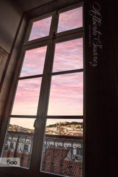 Lisbon window by Alberto Suárez on 500px