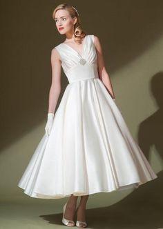 V Neck Short Tea Length Wedding Dress