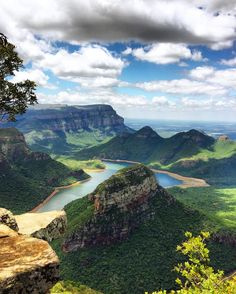 The Blyde River Canyon is the third largest in the world and has been renamed the Motlatse River Canyon. The 29 Blyde River Canyon Nature Reserve is carved out of nearly of red sandstone and is one of South Africa's most remarkable geological Africa Places To See, Places To Travel, Paraiso Natural, Photos Voyages, Africa Travel, Amazing Nature, Beautiful Landscapes, Wonders Of The World, South Africa