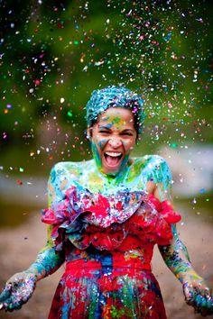 Super Fun And Awesome Trash The Dress Idea Paint Confetti Easily