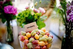 Macaroons at an A-Tipica Wedding #macaroons #macarons #postres #dessert #bodas #weddings #tendenciasdebodas