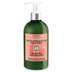 Med Aromachologie Repairing Conditioner transformes håret ditt fra tørt og skadet til sterkt og glansfult.   Vår nye formel inneholder et anti-breaka