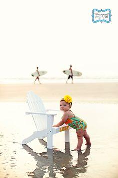 I see keys bday pic @ bear lake in our future! Baby Beach Photos, Beach Family Photos, Beach Pictures, Beach Photography, Children Photography, Baby Am Strand, Cute Photos, Cute Pictures, 1st Birthday Photoshoot