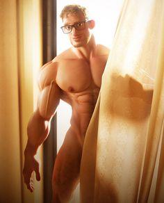 Mott nude picture iwa