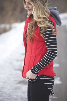 Puffer Vest with Detachable Hood | 4 Colors