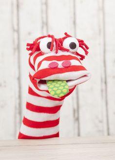 Sockentiere als Handpuppen basteln Glove Puppets, Felt Puppets, Puppets For Kids, Felt Finger Puppets, Butterfly Felt, Animal Hand Puppets, Custom Puppets, Rabbit Crafts, Puppet Patterns