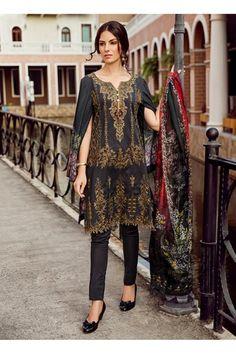 Indian Salwar Suit, Pakistani Lawn Suits, Pakistani Salwar Kameez, Pakistani Outfits, Indian Outfits, Designer Salwar Suits, Gala Dresses, Indian Designer Wear, Dress Codes