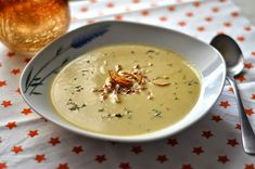 Site:najrecept - on-line kuchárka vždy po ruke recepty Cheeseburger Chowder, Soup Recipes, Food And Drink, Meals, Cooking, Cook Books, Desserts, Garden, Kitchen
