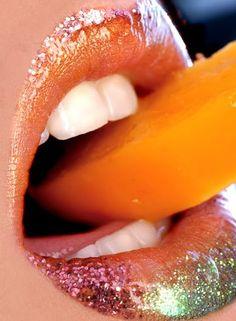 http://media.picfor.me/001A6A16/k-lips--sexy-lips--Var--sensual--food--eyes--face--fruit--adyee--taste-me--mine--ADULT-LIPS-SERVICE_large.jpg