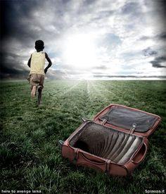 Bimbo africano si rannicchia in una valigia per arrivare in Europa. Voleva abituarsi ai suoi futuri standard abitativi.