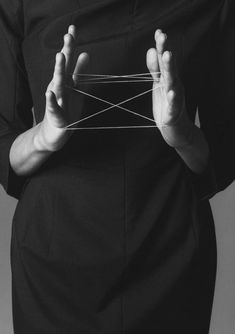 Cat's Cradle, Vogue Italia, January 1999 Photography by Steven Meisel Steven Meisel, Louise Bourgeois, Ansel Adams, Art Photography, Fashion Photography, Belle Photo, Black And White Photography, Editorial Fashion, Bodies