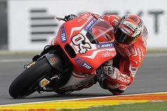 MotoGP news: Ducati feels late MotoGP bike can still win in 2015 | Ductalk Ducati News | Scoop.it