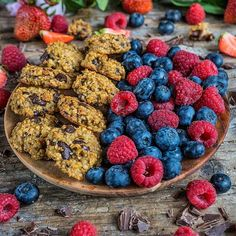 Breakfast for champions Good morning and Healthy Sweets, Healthy Snacks, Healthy Recipes, Low Calorie Breakfast, Breakfast Recipes, Low Carb Desserts, Cookie Desserts, Whole Food Recipes, Dog Food Recipes
